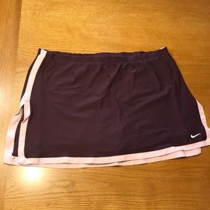 Nike tennis skirt, purple/pink M